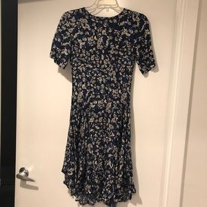 H&M Blue floral print swing dress (size 4)